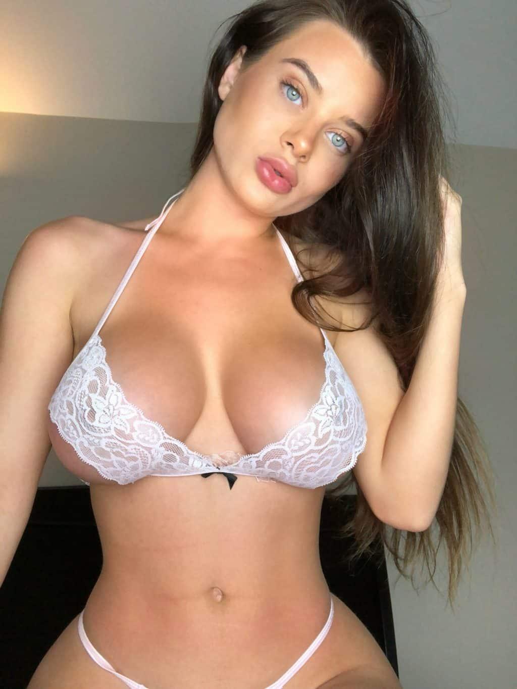 Fotos porno de Lana Rhoades culona