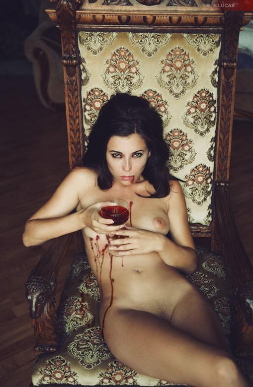 Fotos porno de chicas vampiresas
