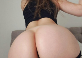 Fotos porno rubia masturbándose con dildo