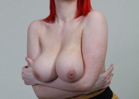 Fotos porno Siri tetona